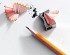 Afilando lápiz con sacapuntas
